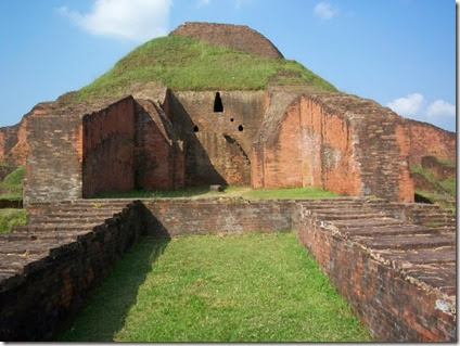 ruins_of_the_buddhist_vihara_at_paharpur__bangladesh__4_