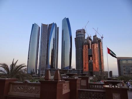 Cladiri moderne Abu Dhabi