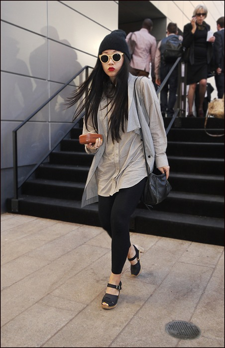 w long grey vest black tights retro sunglasses black knit cap long black hair red lips black heeled sandals ol