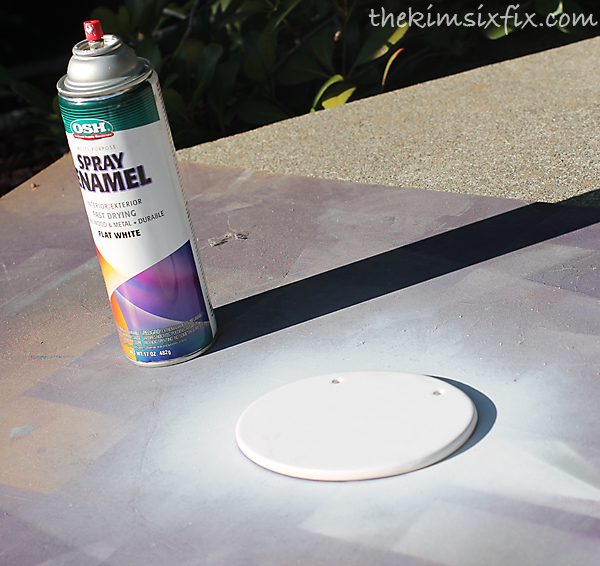 Spray painting plaque