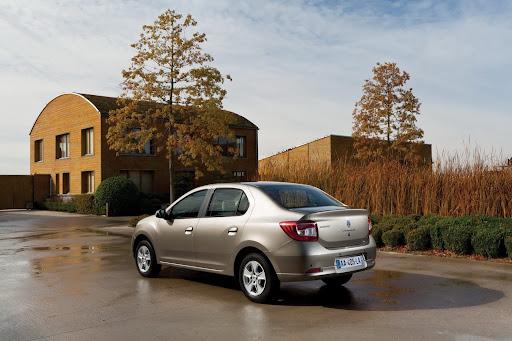 2013-Renault-Symbol-03.jpg
