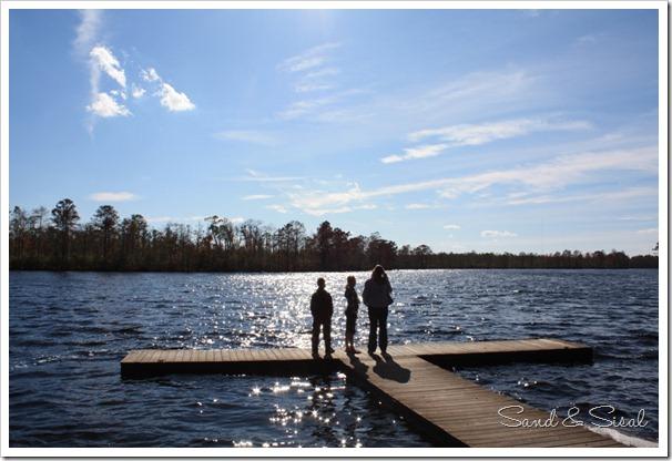 Kids on dock (1024x683)