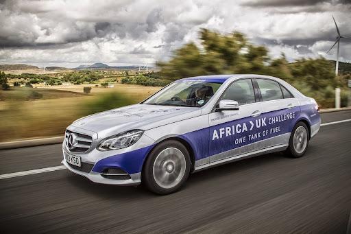 Mercedes-E300-BlueTEC-Hybrid-18.jpg