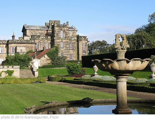 'Seaton Delaval Hall and gardens5' photo (c) 2010, fearlesspunter - license: http://creativecommons.org/licenses/by-nd/2.0/