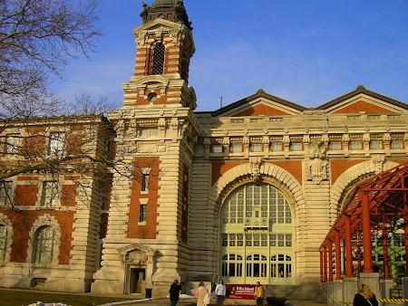 Obiective turistice New York: Muzeul Emigratiei - Insula Ellis