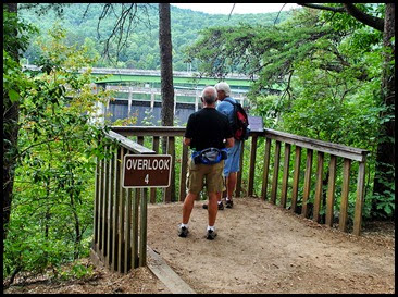 25g5 - North RimTrail towards the Dam - Overlook 4