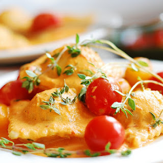 Ravioli With Spinach And Ricotta Cheese Filling, In Tomato Cream Sauce.