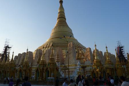 Obiective turistice Myanmar: Pagoda Shwedagon Yangon
