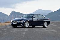 The new BMW 3 Series Sedan, Luxury Line (10/2011)