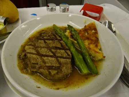 19. Air France dinner - business class.JPG