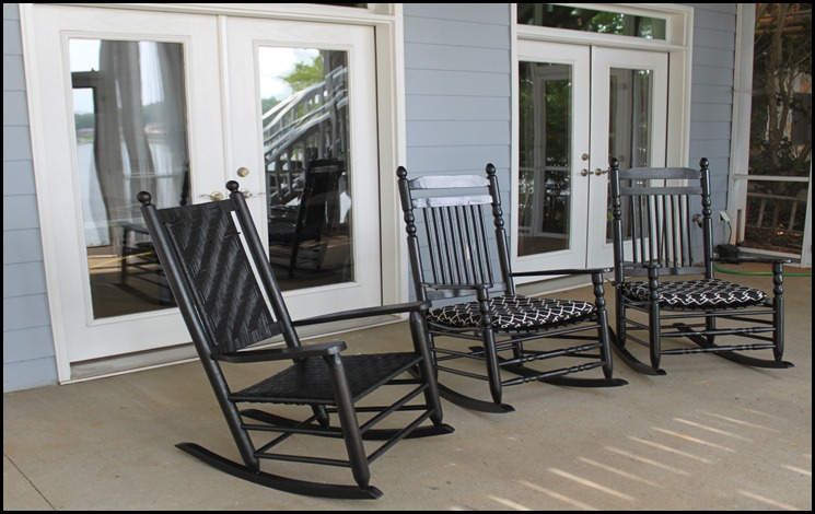 screened porch lower rocking chairs