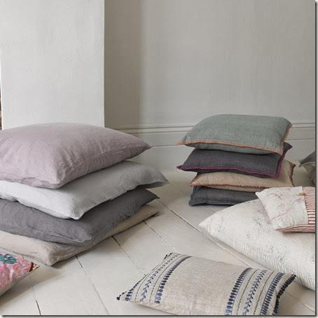 235994-range-cushions