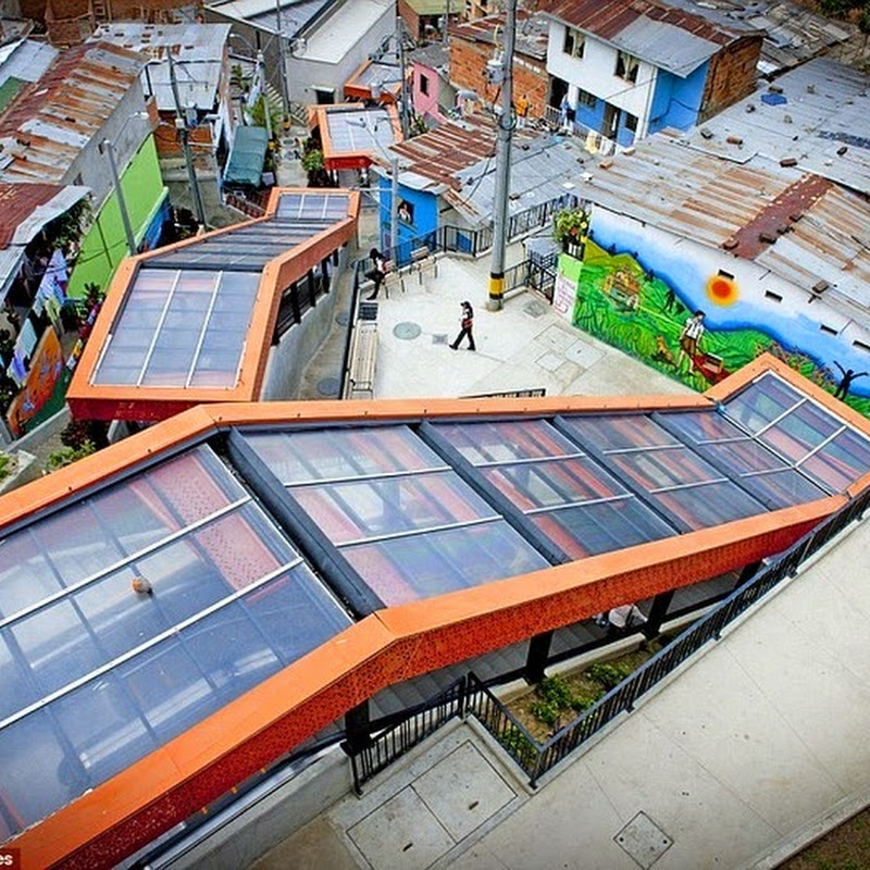 Massive Outdoor Escalator in Comuna 13, Medellin
