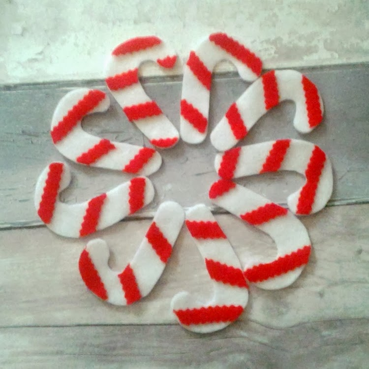DIY candy canes with stripes