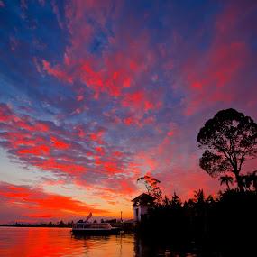 Senja di Pangkalan Sapi by Ismail Rali - Landscapes Sunsets & Sunrises ( transport, waterscape, sunset, harbour, jetty, sunrise, seascape, boat, wharf, landscape, photography, river )