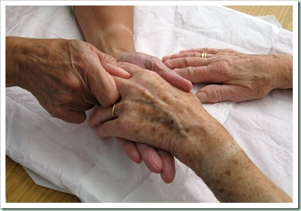 hand massage CMs picture
