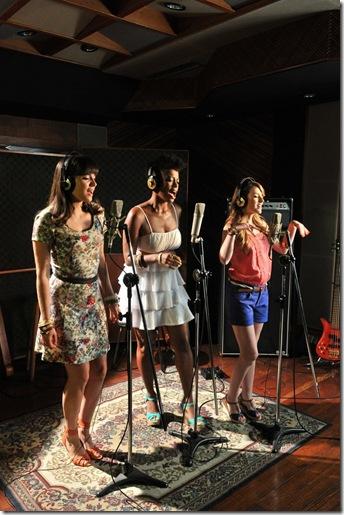 As cantoras fizeram releituras de composições eternizadas por ícones como  Wilson Simonal, Jorge Ben e Gilberto Gil, que formarão a trilha sonora  dessa ... e979cee00e