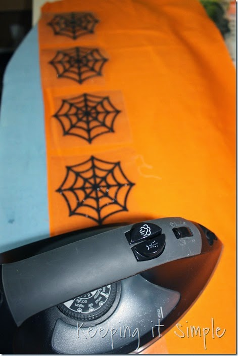 Halloween-spiderweb-table-runner (2)