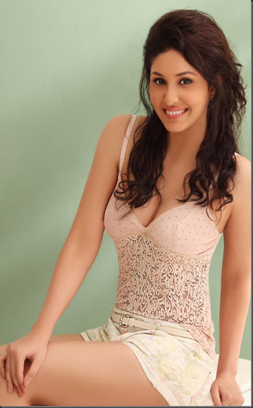 pooja-chopra-hot-photoshoot-2