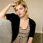 Elisha Cuthbert PhotoShoots Foto 33