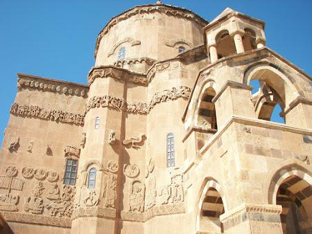 87. biserica armeneasca Akdamar.JPG