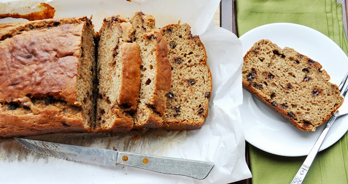 chocolate chip buttermilk banana bread 024