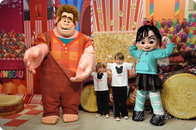 Disney December 2012 640