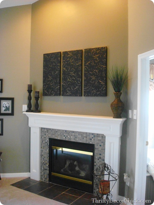 inexpensive art with canvas and wallpaper