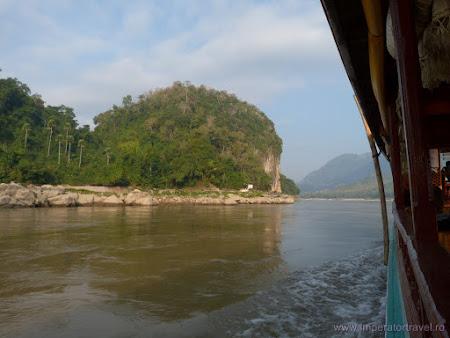 Obiective turistice Laos: pestera Pak Ou