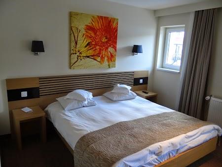 05. Dormitor in hotel Sport - Poiana Brasov.JPG