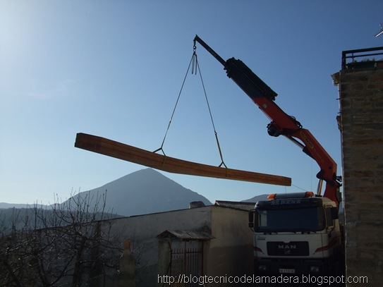 montaje-camion-grua-madera