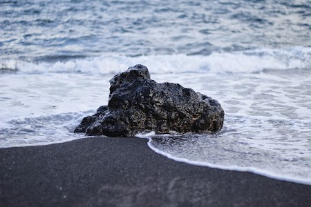 13. Nisip negru in Hawaii.JPG