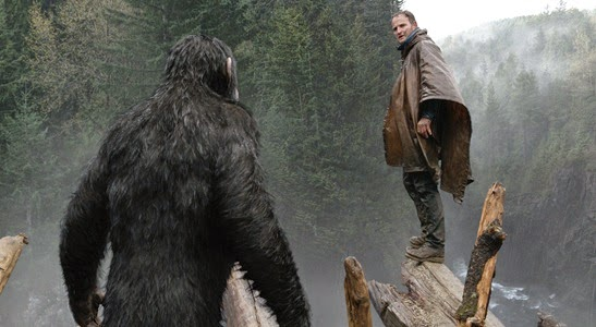 Clarke-&-Serkis--DAWN-OF-THE-PLANET-OF-THE-APES