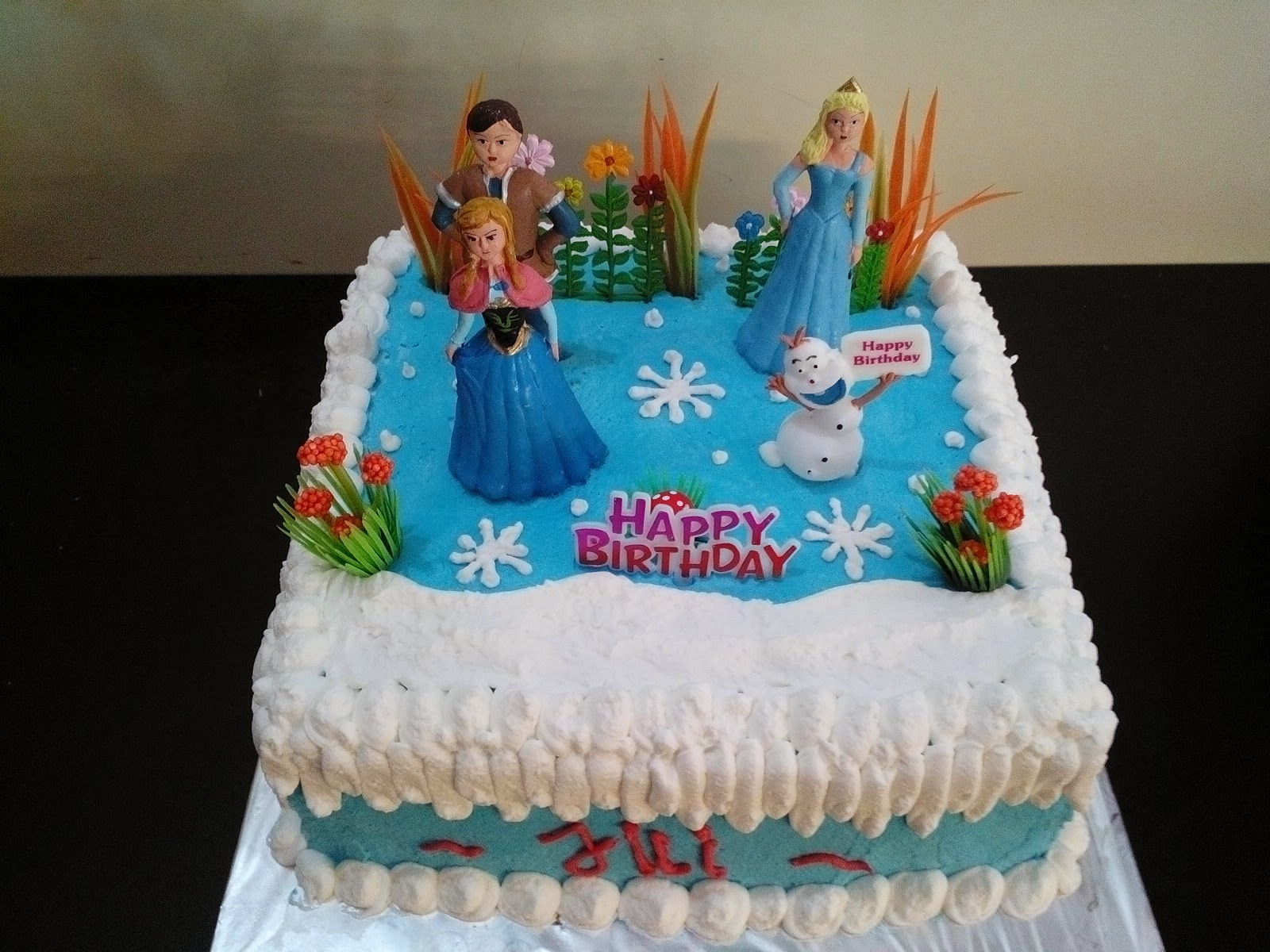 Toko Kue Bolu Enak Frozen Birthday Cake