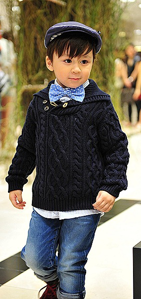Massimo Dutti Autumn Winter 2011 2012 Boys Cable sweater jeans shir cap bow tie