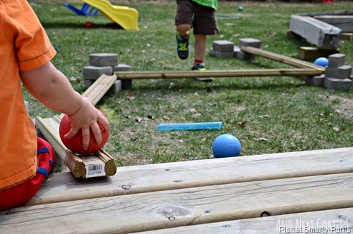 building-with-loose-parts-outdoors-diy-ball-run-kids-3
