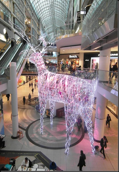 Xmas lights at Eaton Centre (4)