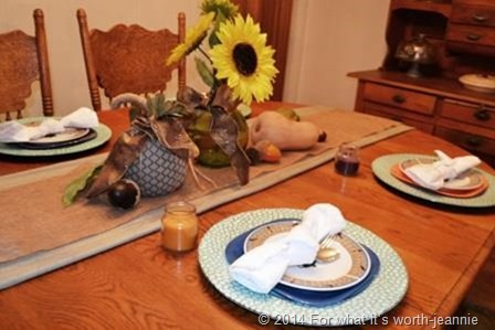 fall tablescape.png
