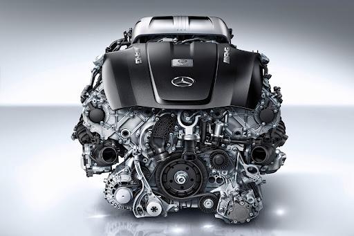 AMG-V8-08.jpg