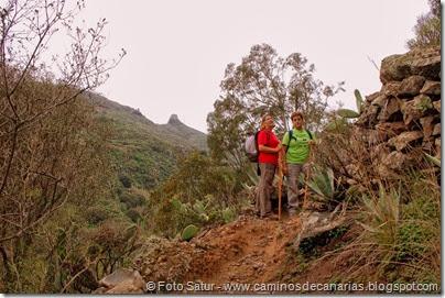 6998 Circular a Santa Brígida(Camino bajo Risco a La Culata)