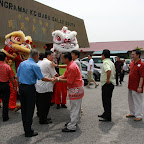 芙中董事部、芙小董事部、家长会、校方、芙蓉校友会也到达了