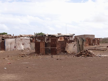 25. Favelas in Espargos.JPG