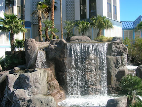 089 - Cascada del casino Tropicana.JPG