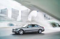 2014-Mercedes-S-Class-14.jpg