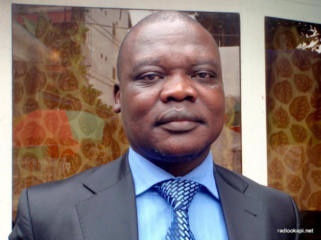 Lokadi, DG de la DGI. Invité à Radio Okapi en Janvier 2011.