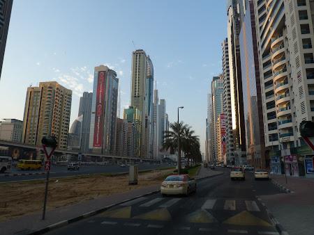 Dubai dimineata