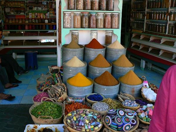 Imagini Marrakech: inapoi in bazar mirodenii