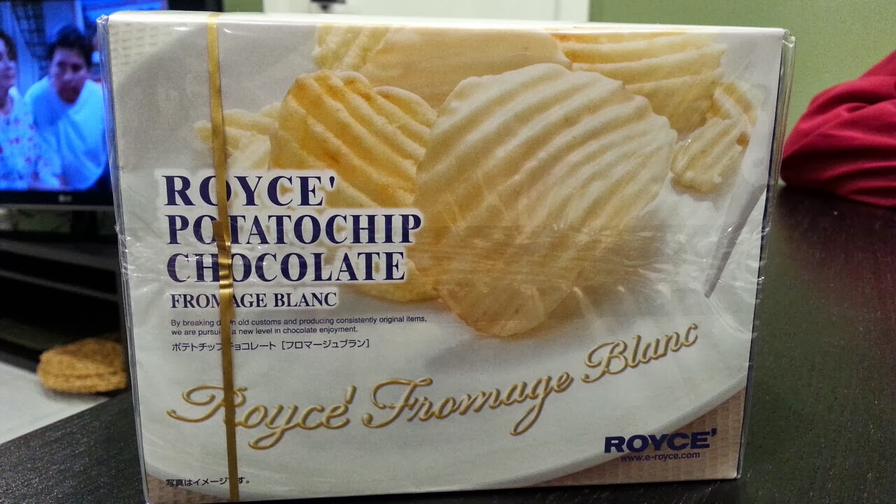Snacking Bear: Royce Potato Chip Chocolate Fromage Blanc