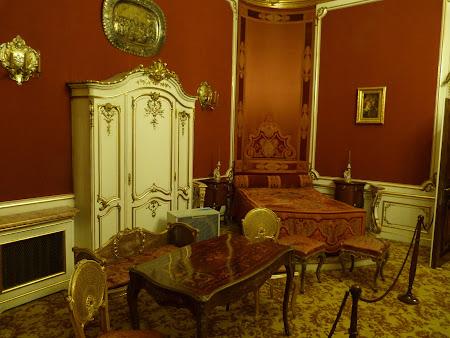 Dormitor Regina Maria din Palatul Peles