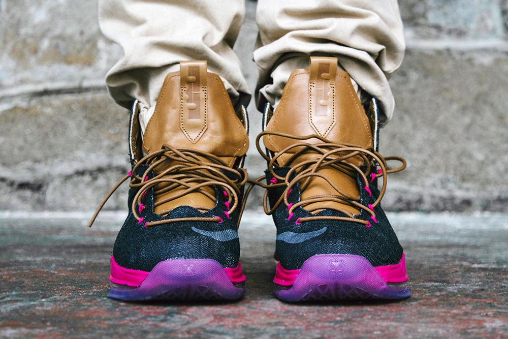 separation shoes 77dd8 50dc2 ... Another On Foot Look at Nike LeBron X EXT Denim QS ...